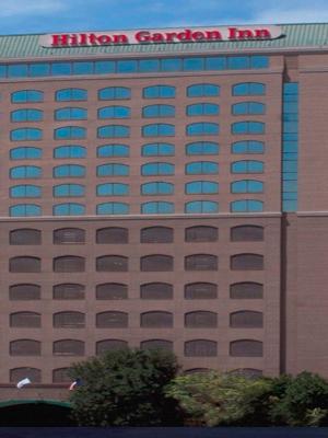Hilton Garden Hotel photo