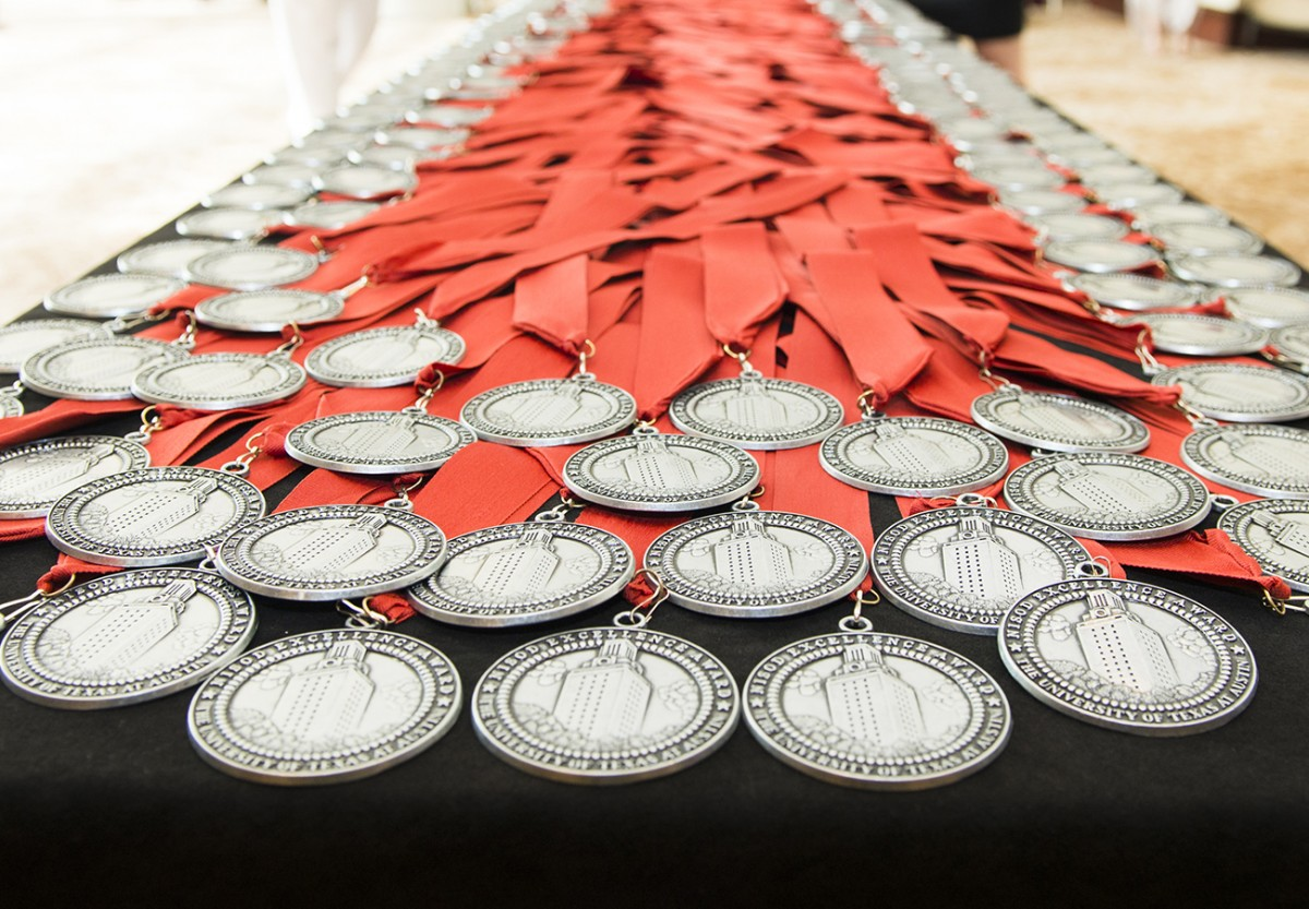 2018 NISOD Excellence Award Dinner and Celebration Medallion Table